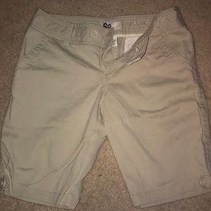 SO kahki shorts sz 7